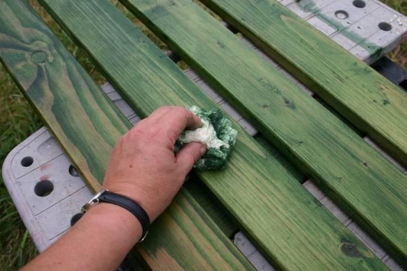 Recyclez vos matériaux ! Transformer une vieilleétag u00e8re en porte manteau # Traitement Bois Huile De Lin Essence De Terebenthine